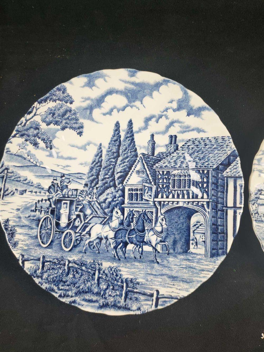 Lot 346: Myott Royal Mail Fine China Plates
