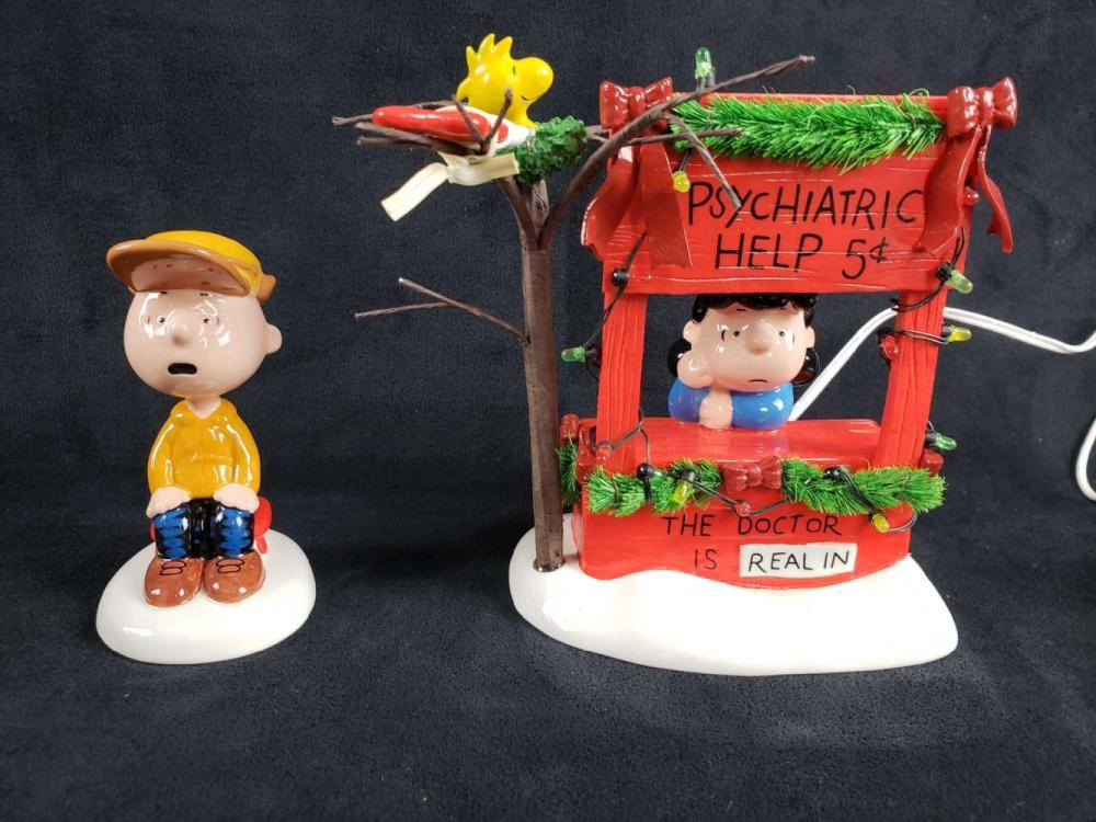 Lot 414: Peanuts Christmas Spirit 5 Cents Figurine