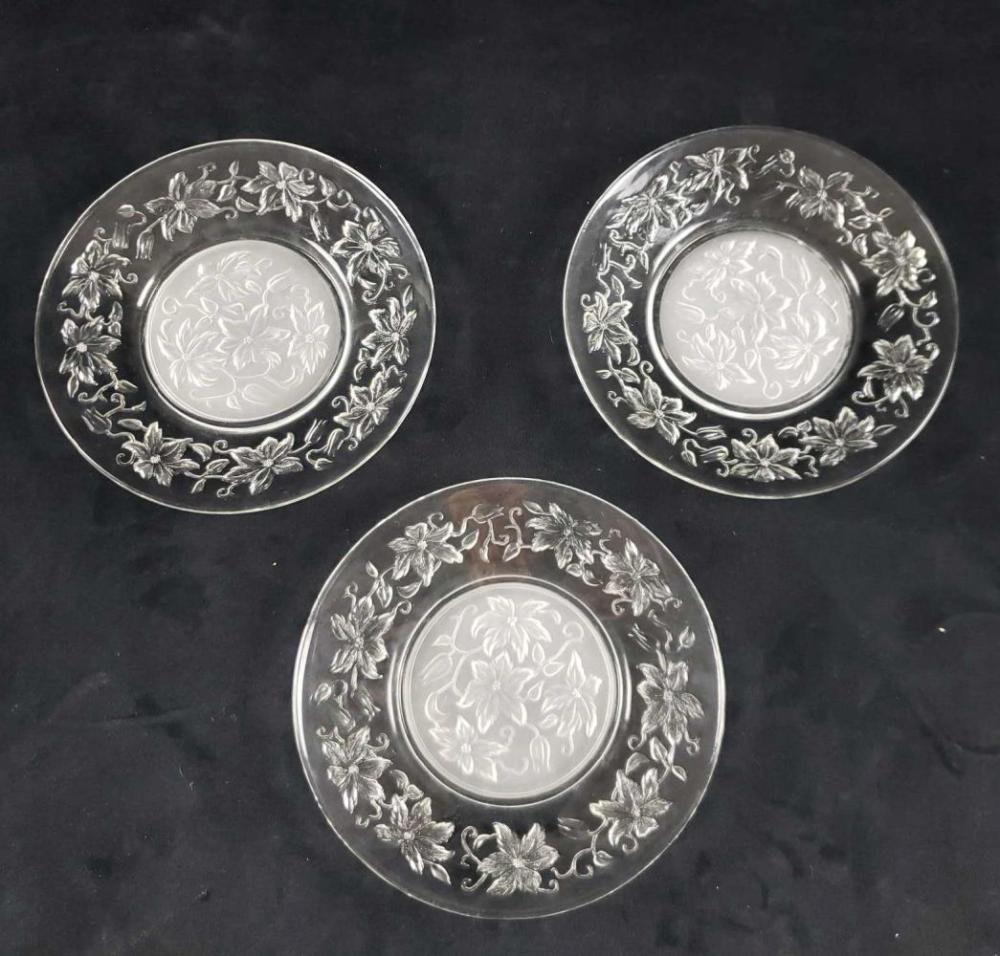 Lot 431: Set of 3 Etched Glass Floral Plates