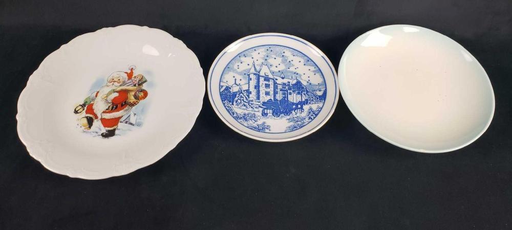 Lot 433: Lot of 3 Porcelain Plates