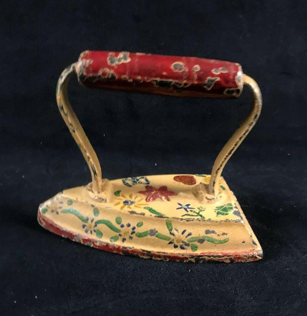 Lot 663: Decorative Painted Clothes Iron