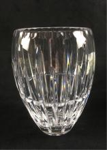 Lot 672: Clear Cut Crystal Vase