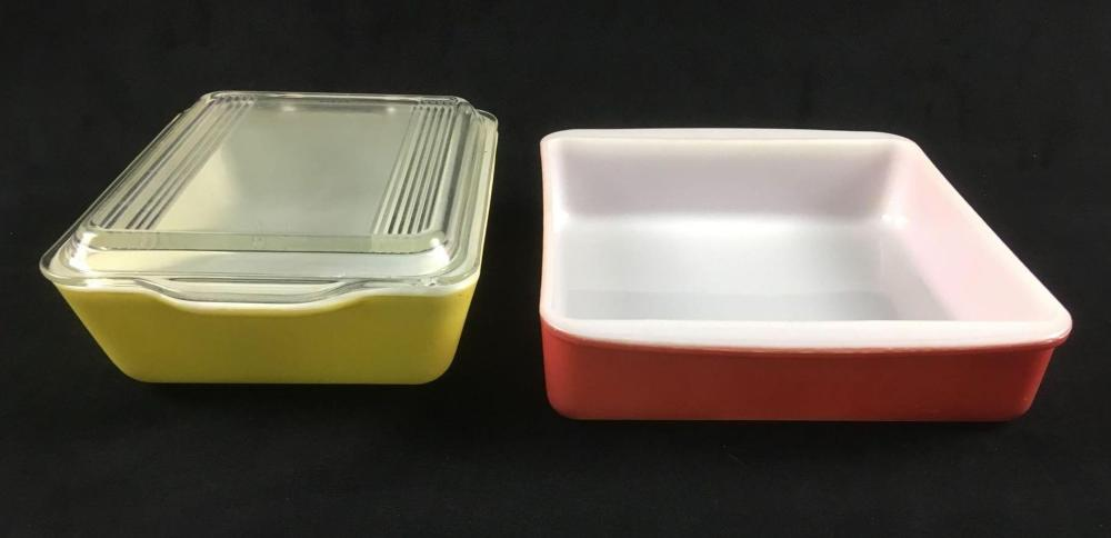 Lot 679: Pyrex Yellow Rectangular Baking Dish with Lid and Red Pyrex Casserole Dish