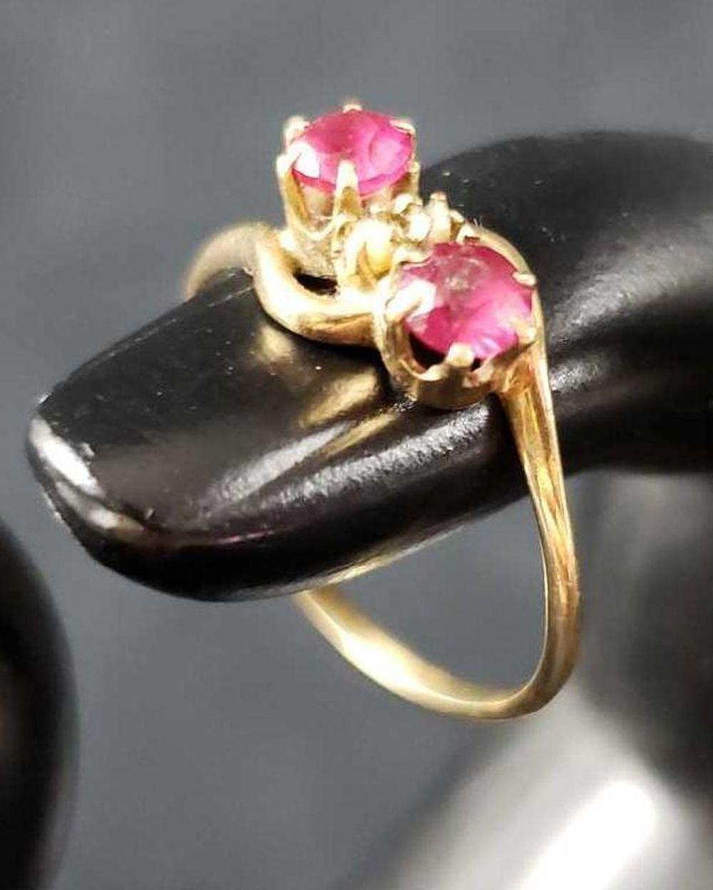 Lot 677: Rubellite Tourmaline and Faux Pearl Ring with 10k Gold Band
