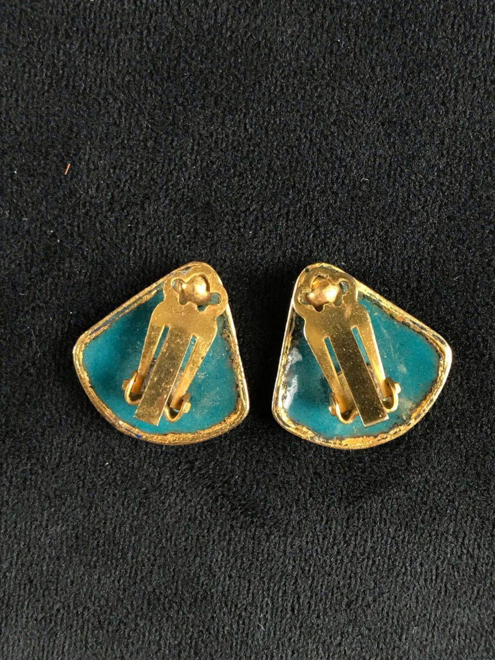 Lot 708: Vintage Cloisonne Enamel Clip On Earrings