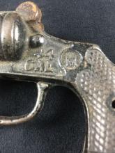Lot 725: Vintage Jr Ranger Toy Cast Iron Cap Pistol by Mordt