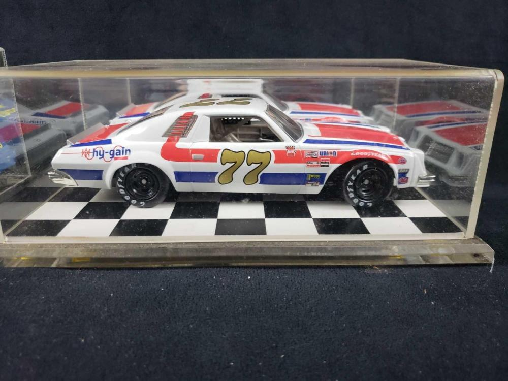 Lot 764: Set of 2 Numbers 15 and 77 Dale Earnhardt Model Cars