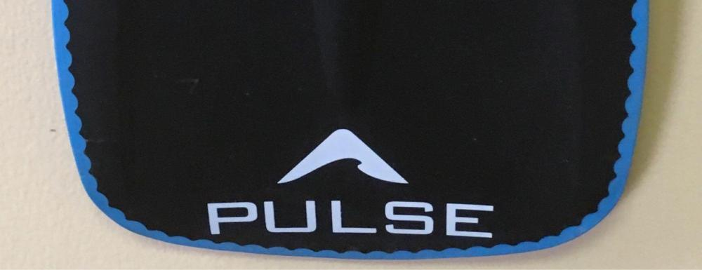 Lot 774: Pulse Stand Up Paddle Board Carbon Poly Paddle New Old Stock