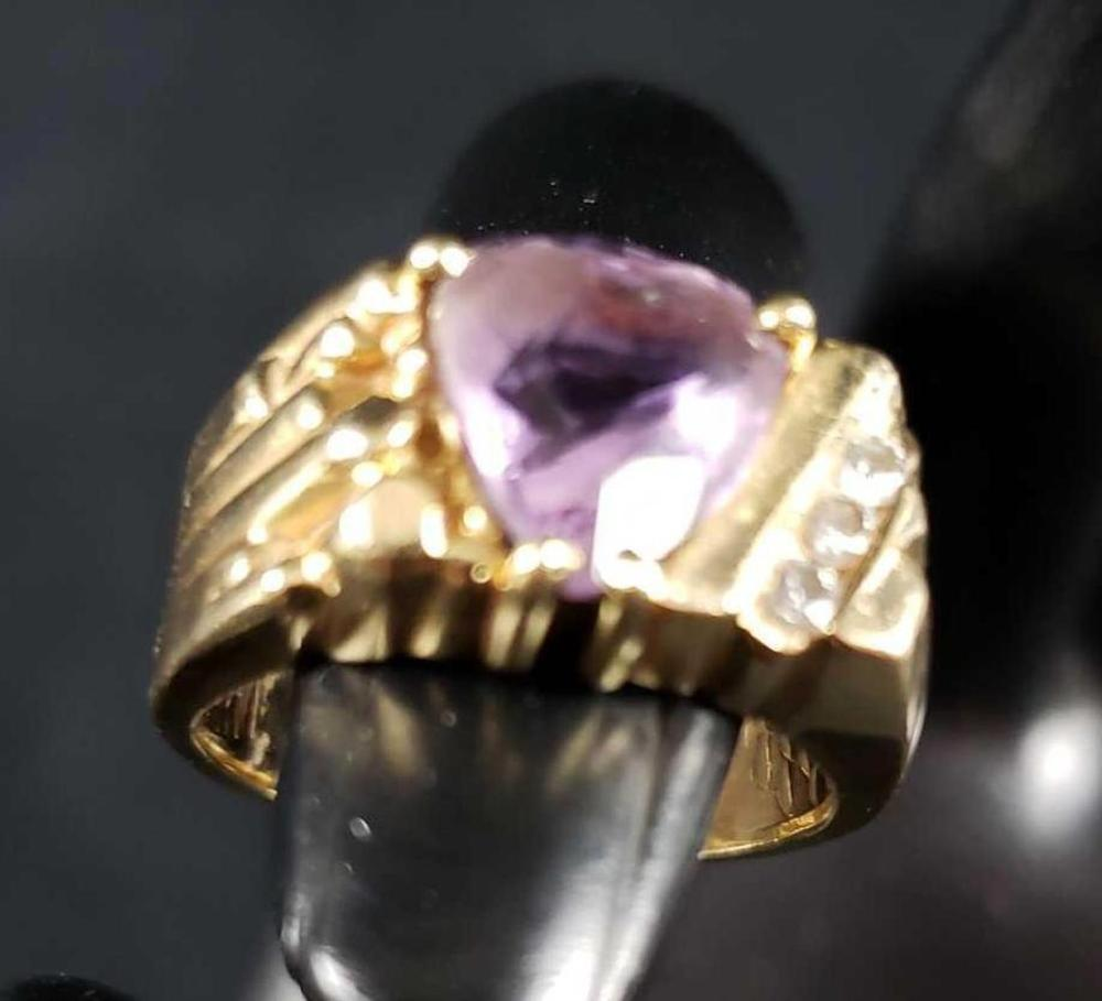Lot 807: 14k Gold with Pear Cut Amethyst and Three Diamonds