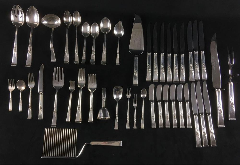 Lot 821: Reed and Barton 77pc Sterling Silver Set Classic Rose