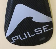 Lot 831: Pulse Stand Up Paddle Board Carbon Paddle New Old Stock