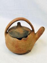Lot 833: Rare Pre-Columbian Lidded Kettle Style Pot