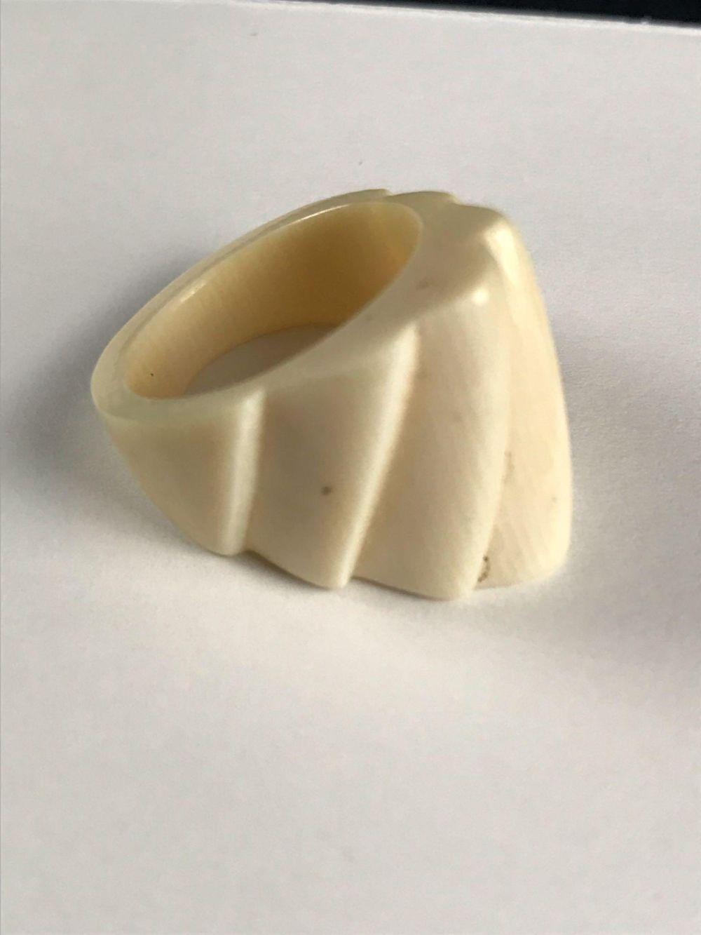 Lot 502: Vintage Carved Bone Ring