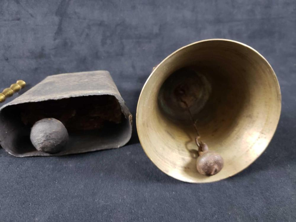 Lot 505: 4 Vintage Bells