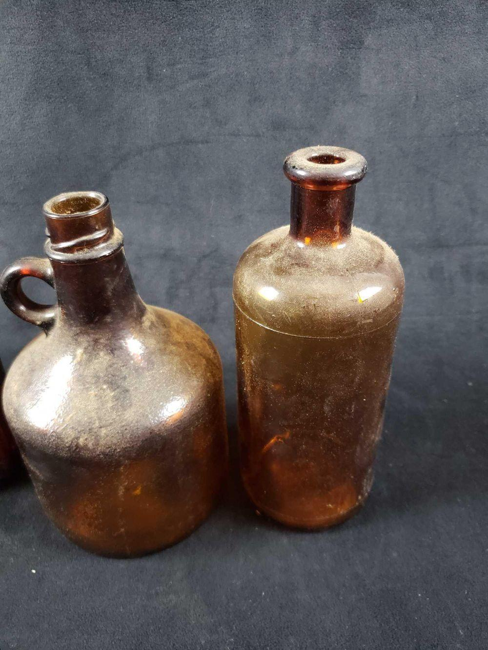 Lot 514: 5 Vintage Bottles