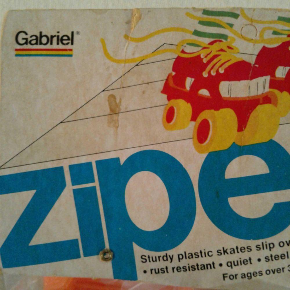 "Lot 574: Vintage ""Zipees"" Plastic Skates by Gabriel"