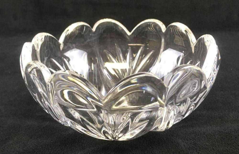 Lot 603: Marquis by Waterford Scalloped Cut Bowl