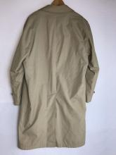 Lot 633: Vintage London Fog Maincoats Men's Overcoat with Removable Line