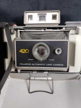 Lot 634: Polaroid 420 Automatic Land Camera with Carrying Case