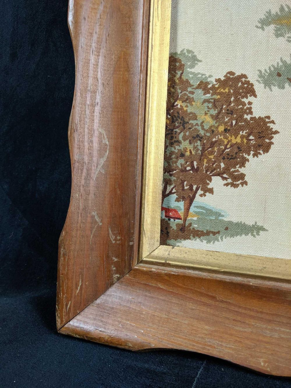 Lot 1059: Vintage Framed Fabric 3D Art Horse Scene