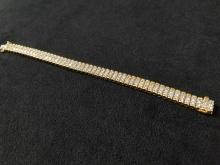 Lot 874: 14K Diamond Gold Bracelet
