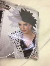 Lot 960: NOS - Halloween Wig - Vile Villains Cruella De Vil