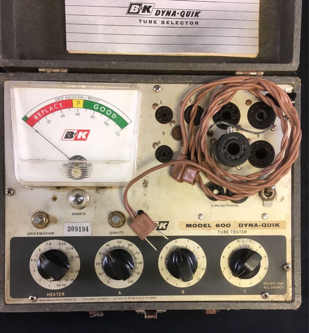 Lot 968: Vintage Electronics B&K Model 600 Dyna-Quick Tube Tester 1962
