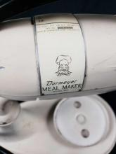 Lot 975: Vintage Dormeyer Meal Maker Model 5000 Mixer with Accessories