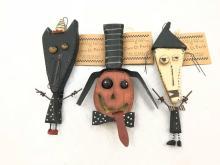 Lot 998: Halloween Decor, 3 Fun Wall Figures, New