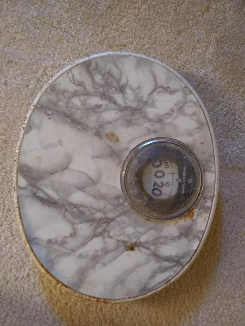 Oval Spring Bathroom Scale