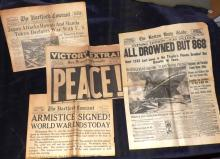 Collection Vintage Newspapers Titanic - Japanese Attack