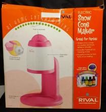 Rival Electric Snow cone Maker NIB