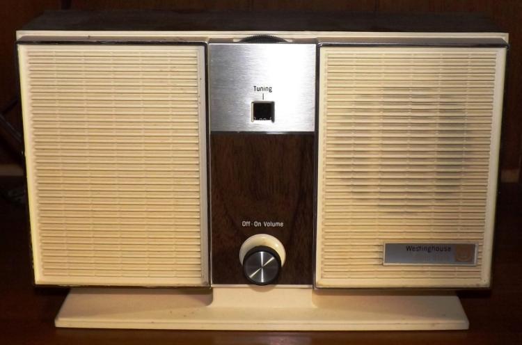 Vintage Westinghouse Radio - UNTESTED