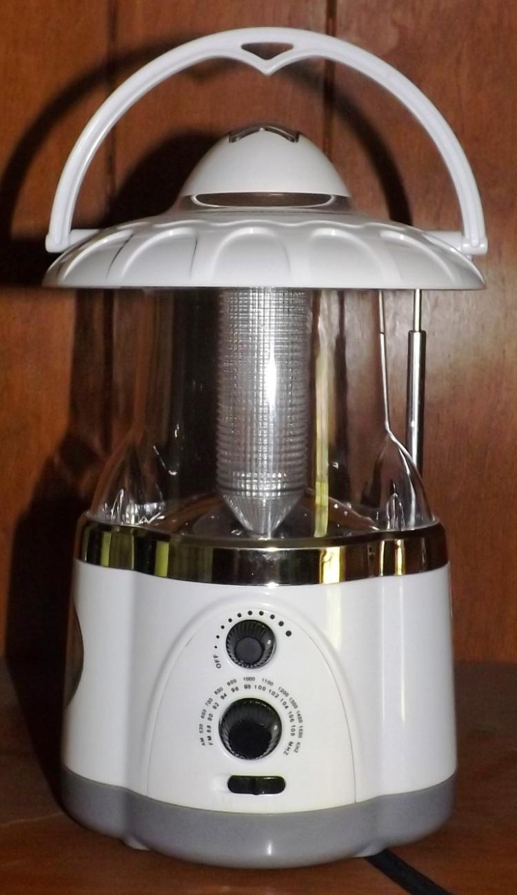 Portable Lantern w/ Radio