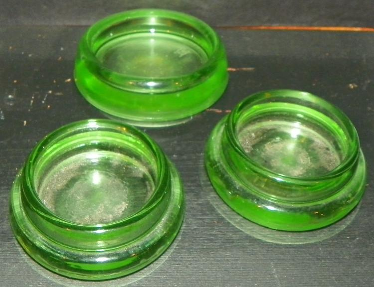 Collection 2 Green Vaseline Furniture Coasters