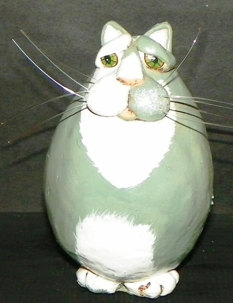 Vickie Thomas Cat Décor, Resin