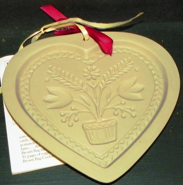 1994 Brown Bag Cookie Art Mold-Heart