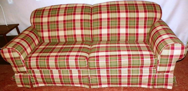 Broyhill Two Cushion Plaid Couch