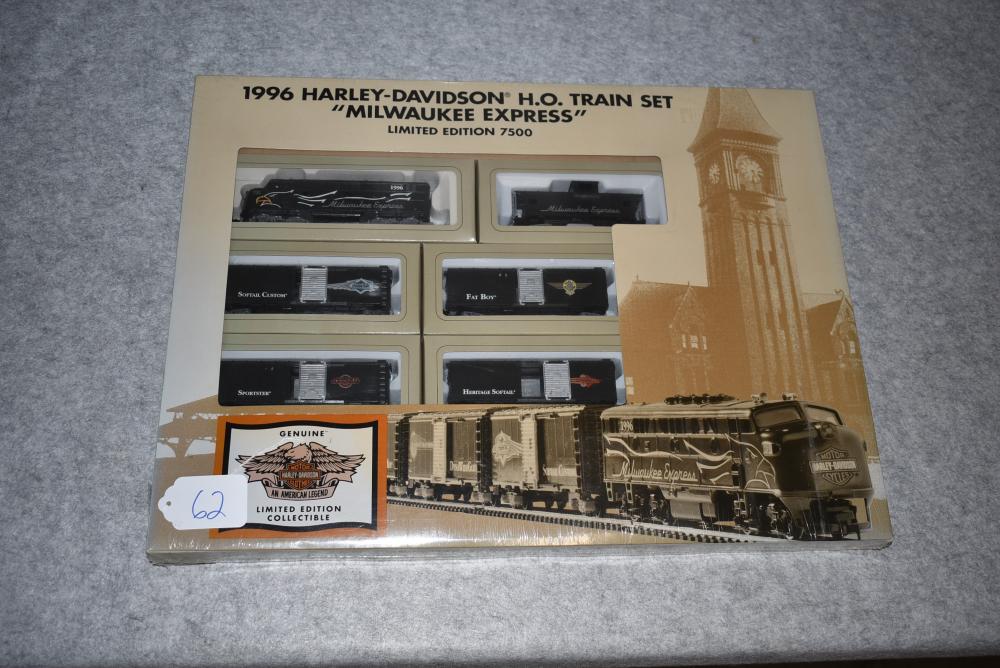 Harley-Davidson 1996 HO Milwaukee Express Limited Edition 7500 Train Set