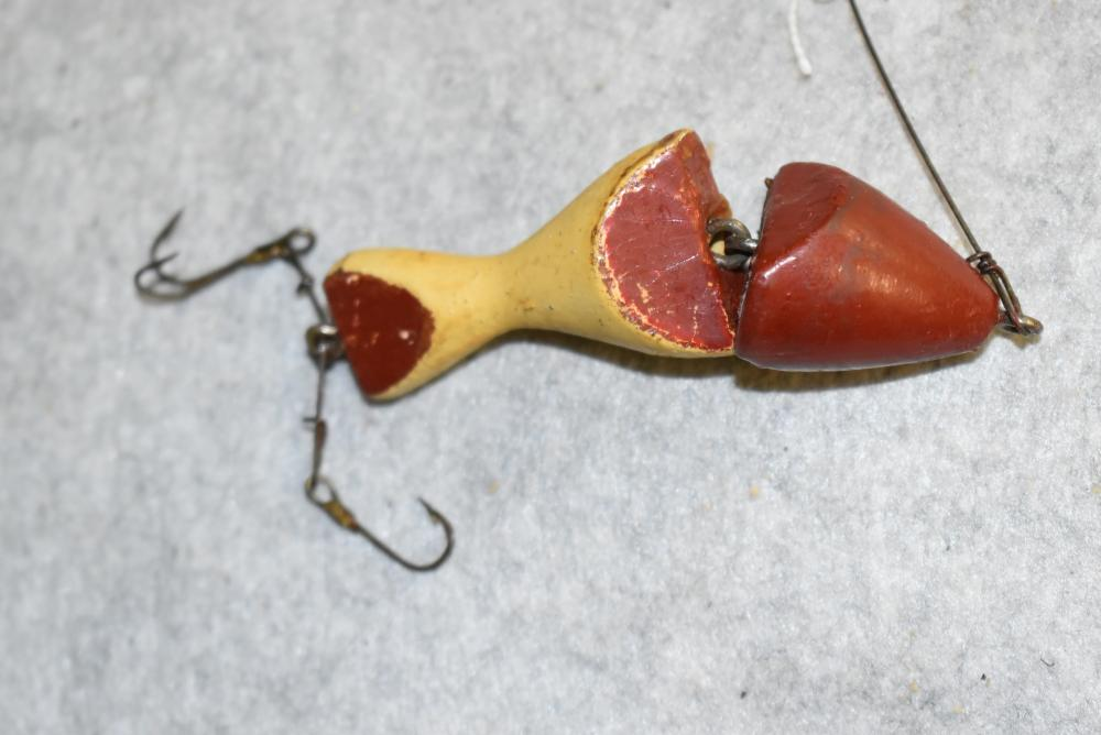 Pepper jointed minnow, (probable repaint), 3 3/8 in length, NE, Jersey rig hooks