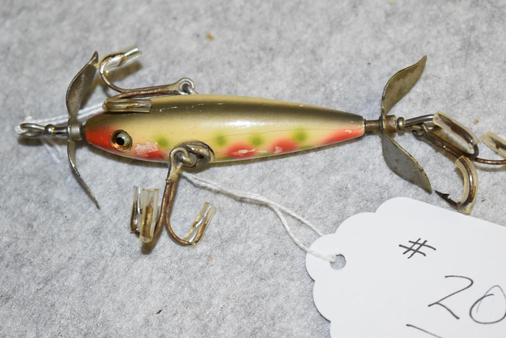 """Pflueger 3 hook minnow, 2 ¾"""" body length. GE. Unsigned props. Never fail hardware, white with red & green spotted finish (G)"""