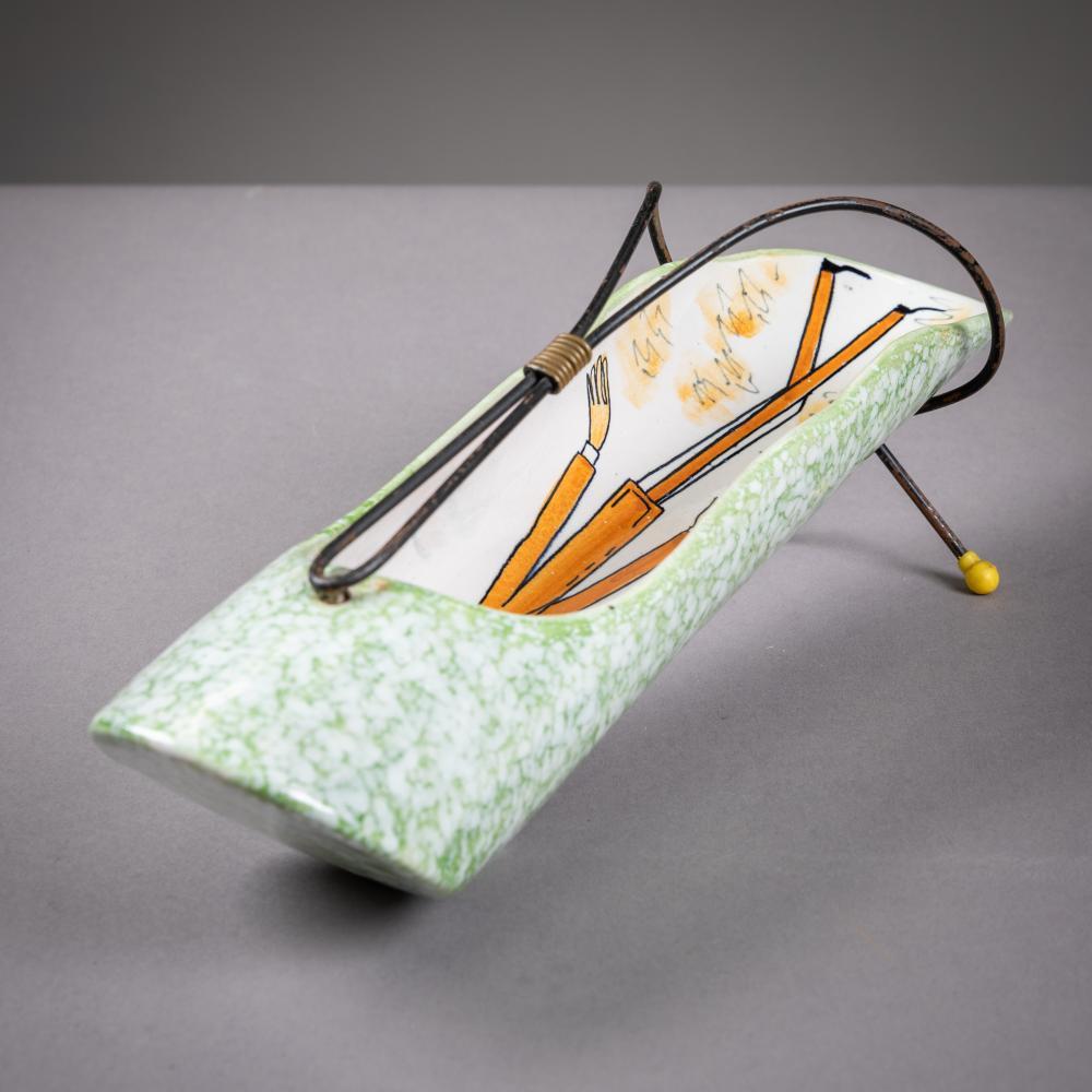 Rometti - Figural Decorated Breadstick Holder