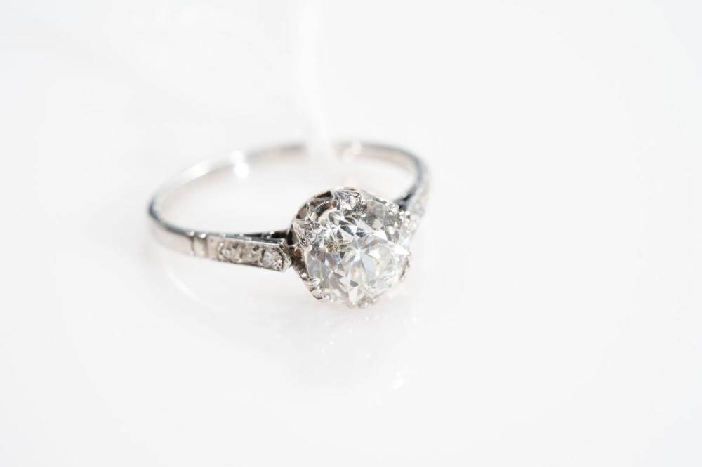 Platinum Antique 1.63ct Old Mine Cut Diamond Ring