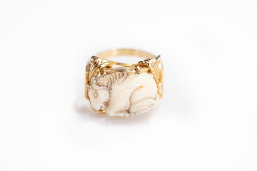 14kt Antique Carved Bone Ring