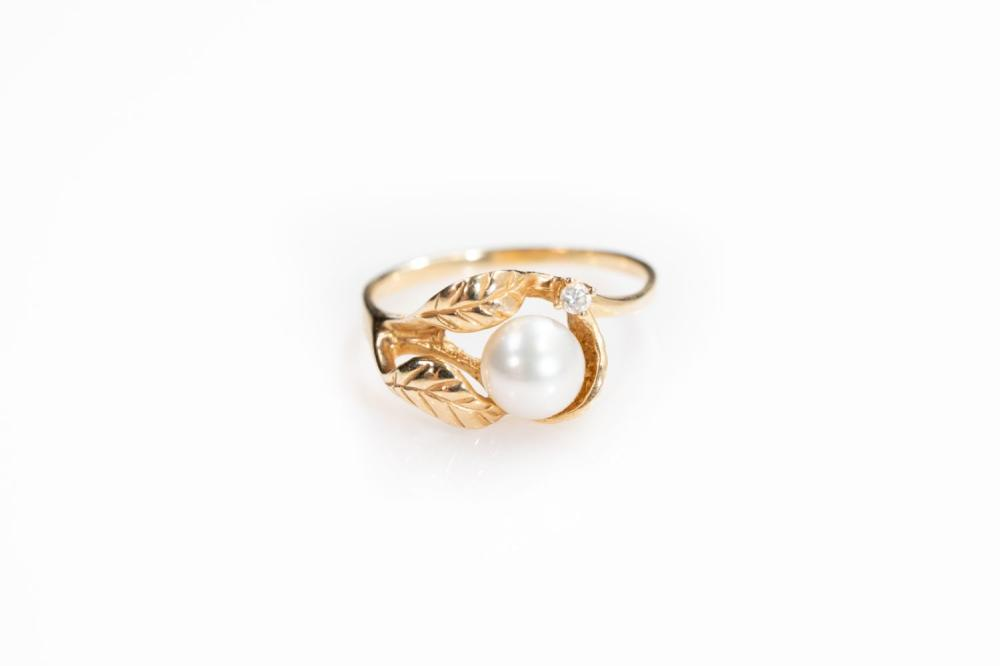 14KT Vintage Pearl and Diamond Floral Ring