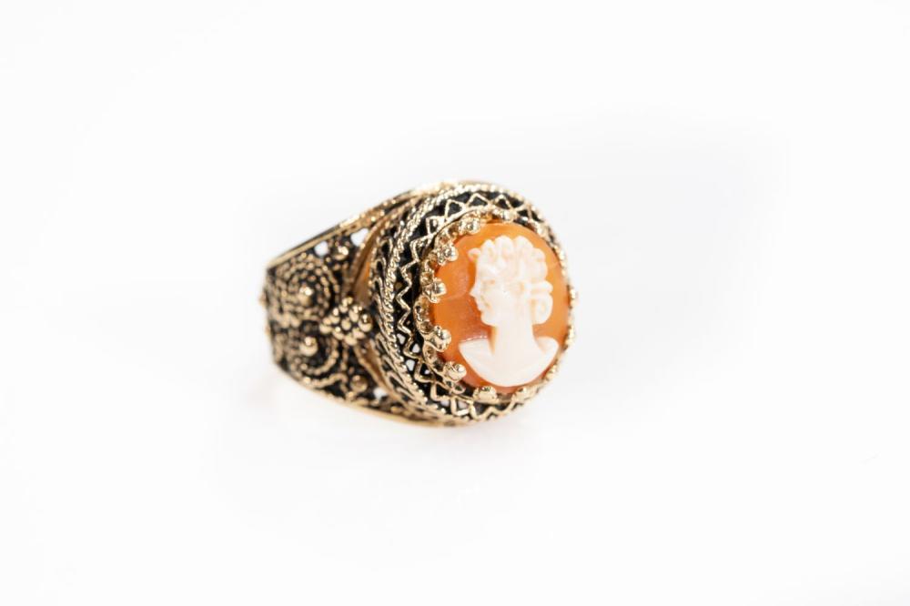 14KT Vintage Ornate Cameo Ring