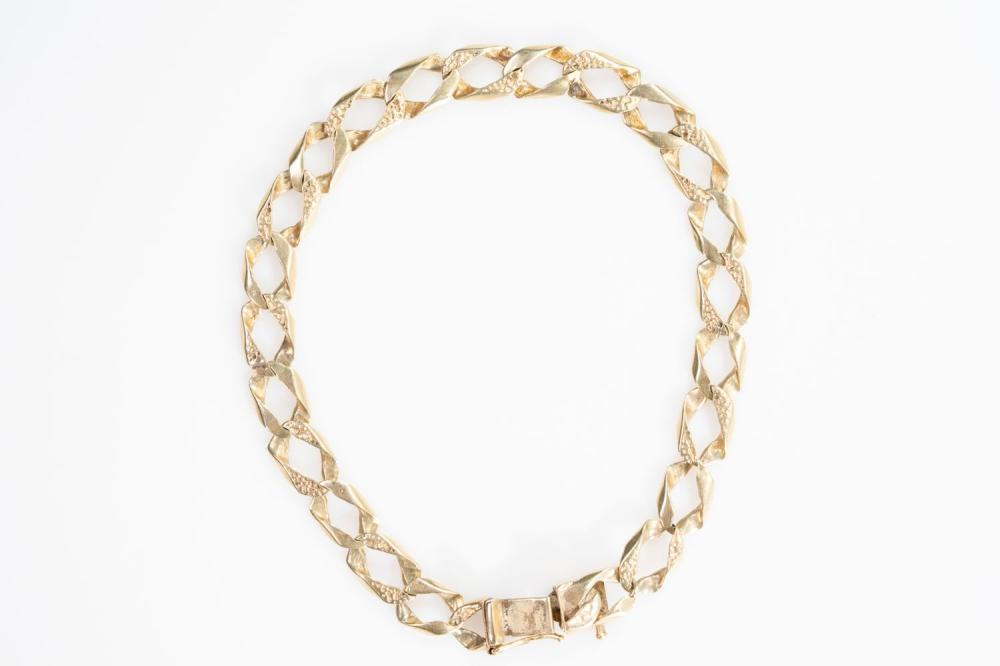 """14KY Estate Textured Curb Link Bracelet 9"""""""