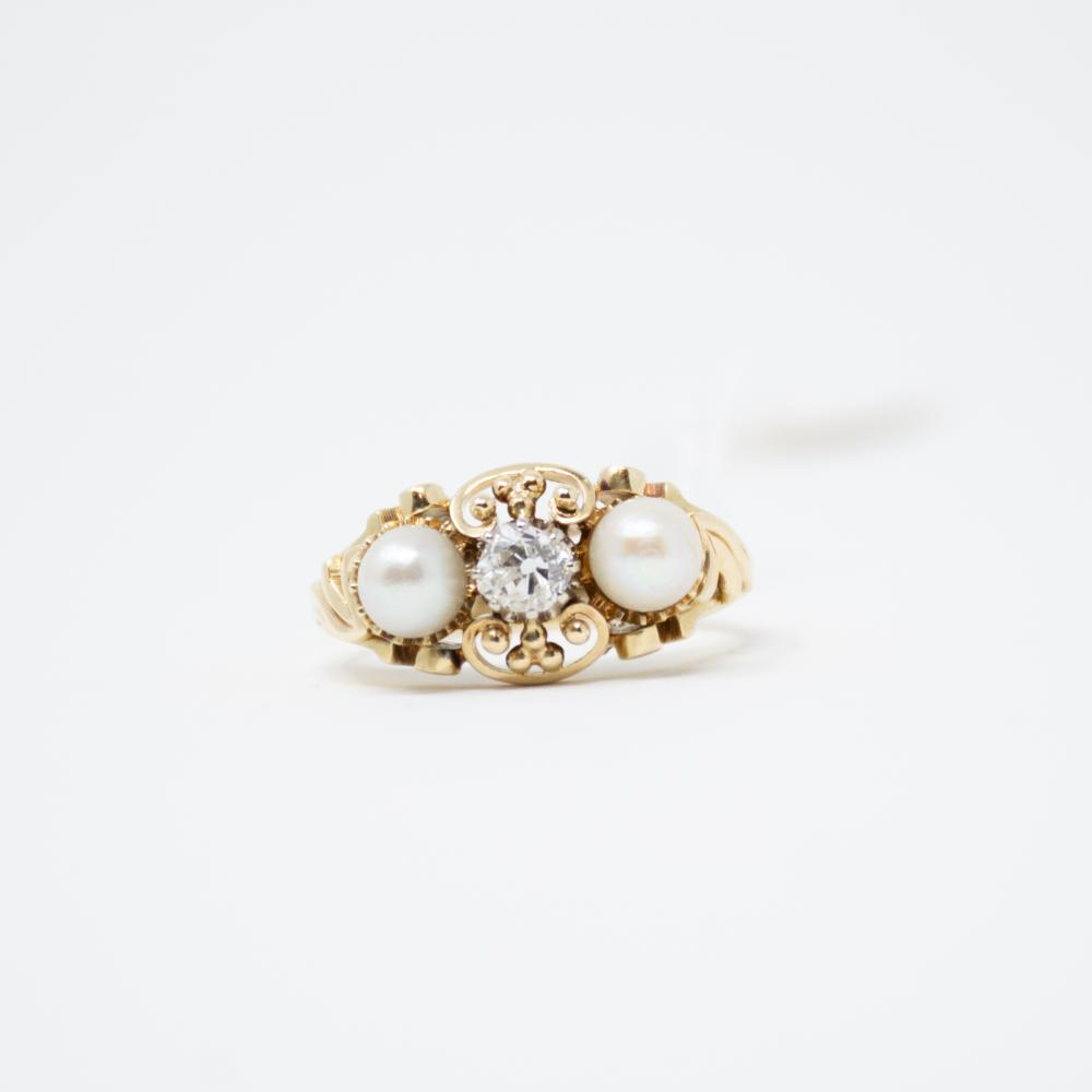 14KT Art Nouveau Pearl and OMC Diamond Ring