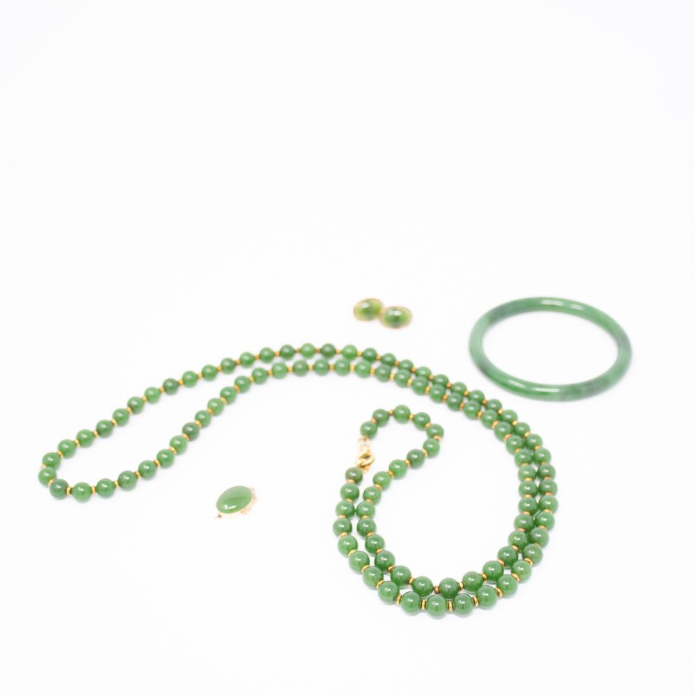 18KT Estate Natural Jade 5pc Set Certified
