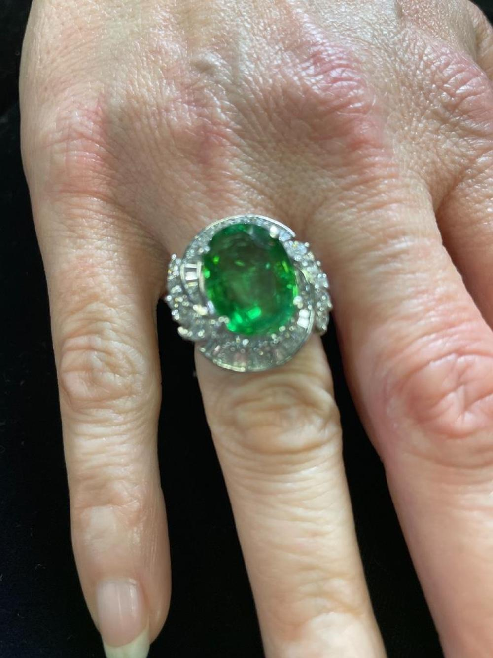 Lady's Stamped platinum green tourmaline and diamond ring, GIA, featuring: Size 4.5
